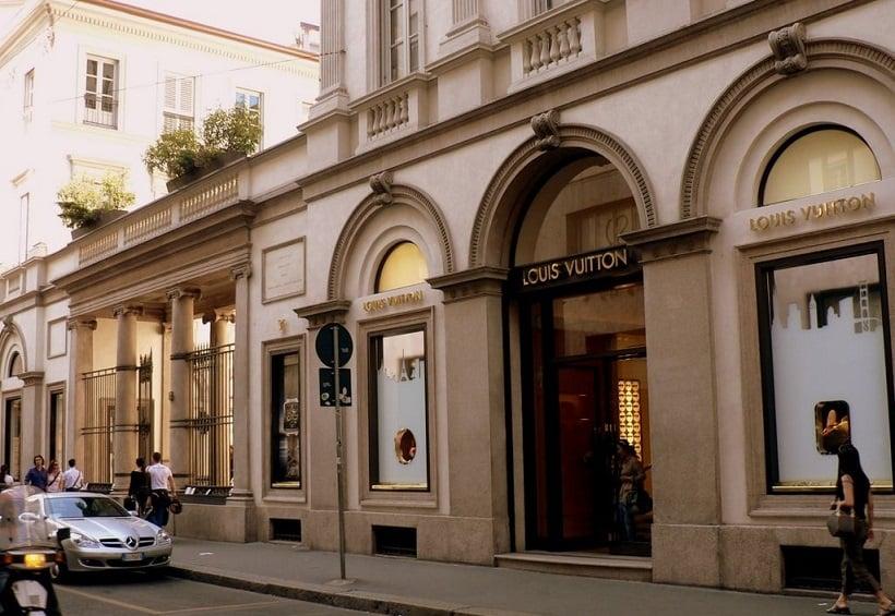 Compras na Via della Spiga em Milão