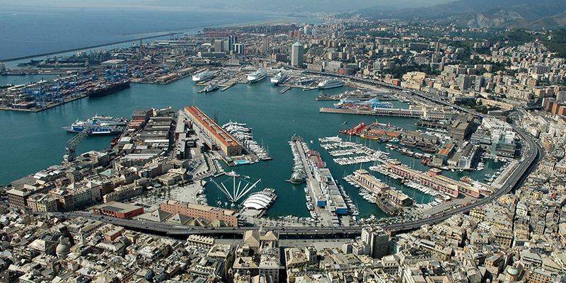 Porto de Genova na Itália