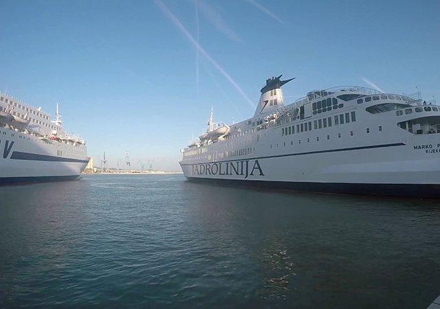 Rotas de ferry saindo de Ancona